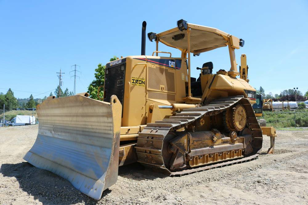 bulldozer rental cost