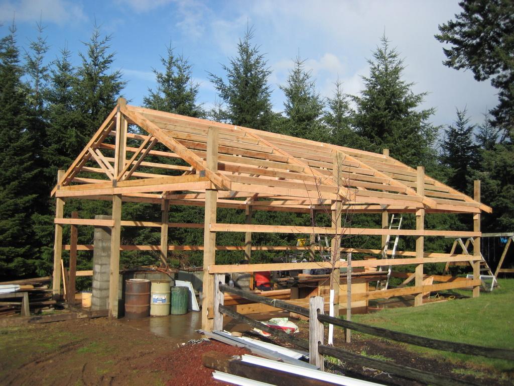 cost to build a pole barn per square foot